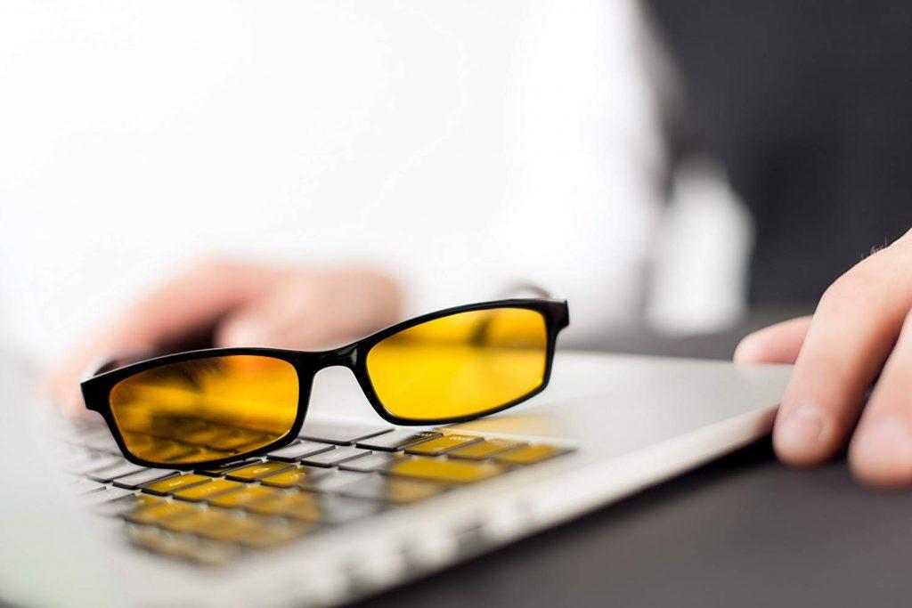 occhiali anti luce blu prospek